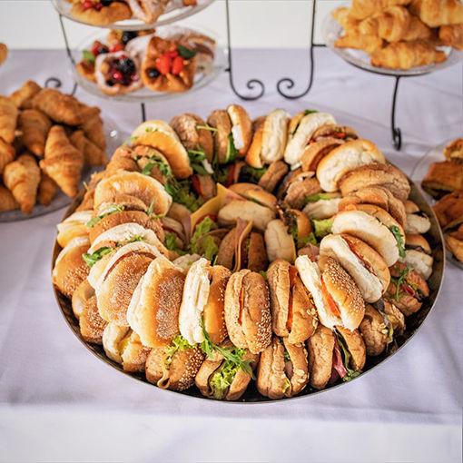 Afbeelding van Belegde broodjes mini de lux
