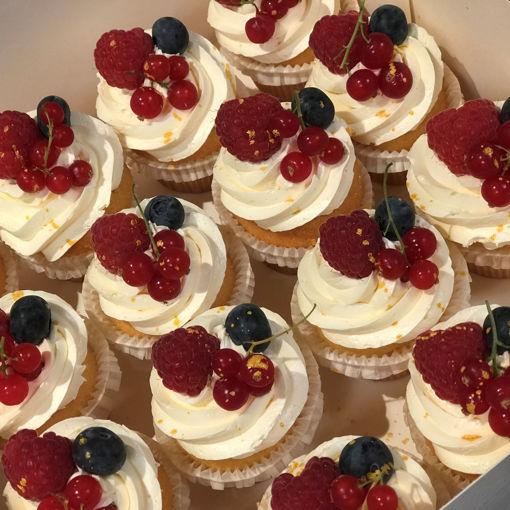 Afbeelding van Cupcakes groot met creme opgespoten